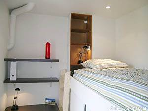 Bedroom - Photo 2 of 7