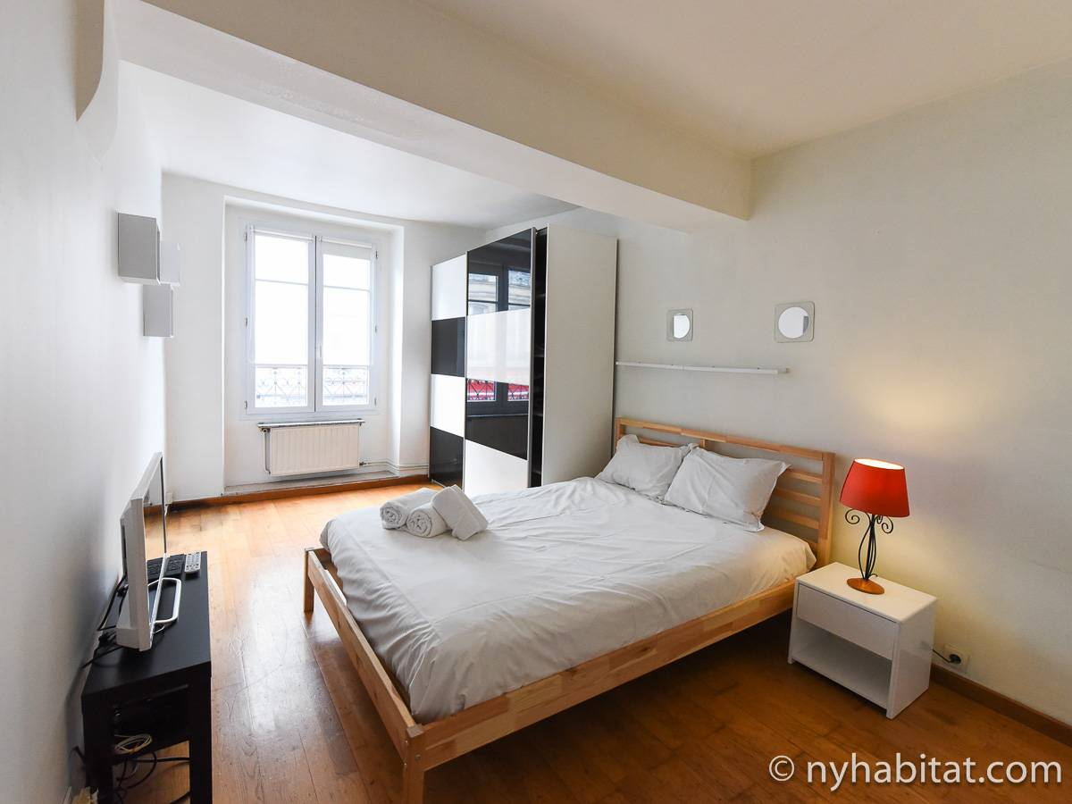 Paris - 2 Bedroom accommodation - Apartment reference PA-4748