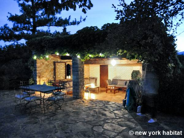 South of France Pourrieres, Provence - 7 Bedroom accommodation - Apartment reference PR-281