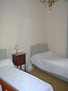 Bedroom 1 - Photo 4 of 7