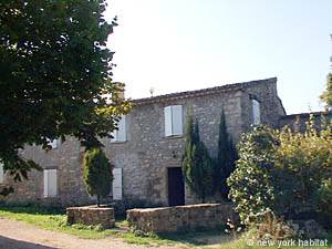 South of France Caseneuve, Provence - 2 Bedroom accommodation - Apartment reference PR-443