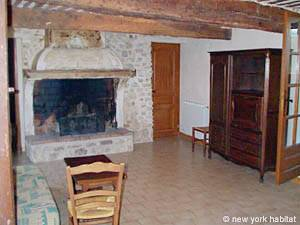 South of France Caseneuve, Provence - 4 Bedroom accommodation - Apartment reference PR-444