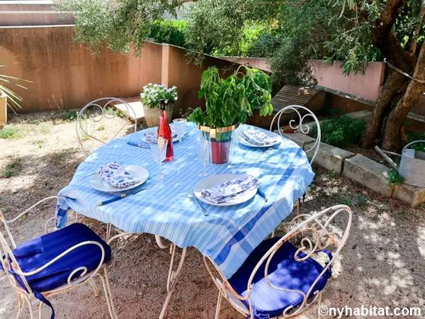 South of France Les Angles, Provence - 2 Bedroom accommodation - Apartment reference PR-584