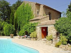Sud de la France Jonquieres, Provence - T2 appartement bed breakfast - Appartement référence PR-586