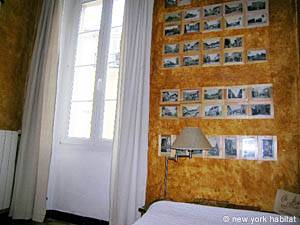 Bedroom 1 - Photo 4 of 5