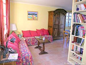 South of France Cucuron, Provence - 3 Bedroom accommodation - Apartment reference PR-779
