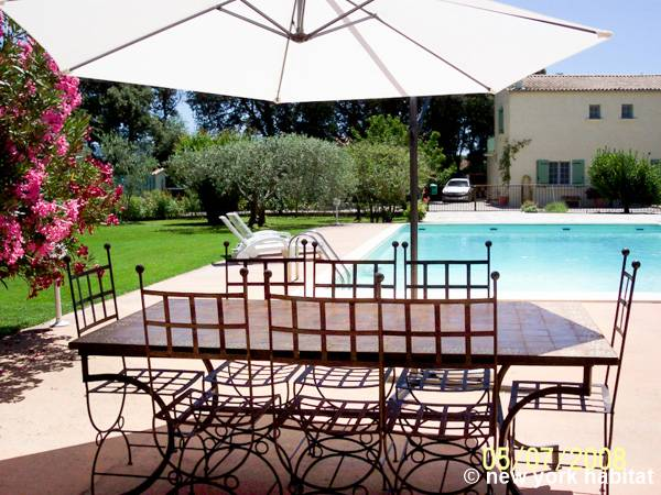 South of France Carpentras, Provence - 4 Bedroom accommodation - Apartment reference PR-784