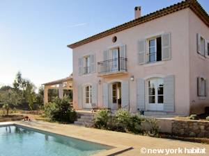 South of France Salernes, Provence - 4 Bedroom accommodation - Apartment reference PR-1106