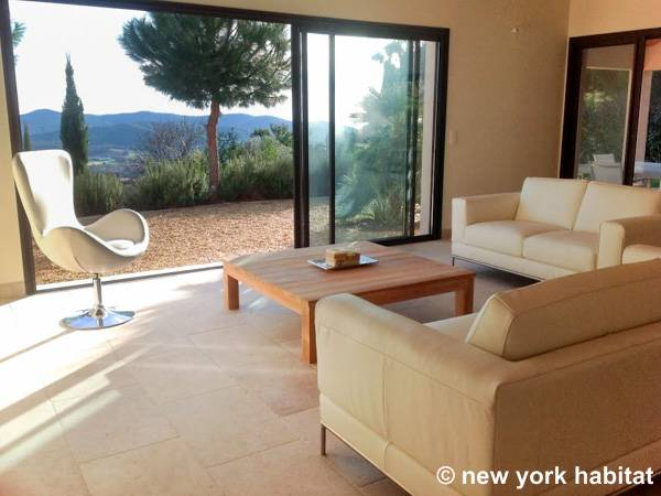 South of France Bormes Les Mimosas, French Riviera - 6 Bedroom accommodation - Apartment reference PR-1175