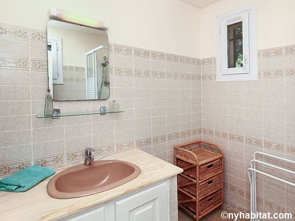 Bagno 3 - Photo 1 di 2