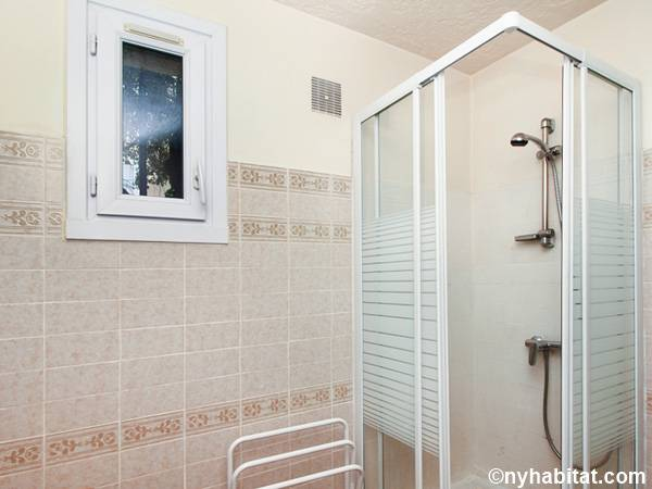 Bagno 3 - Photo 2 di 2