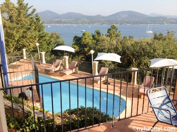 South of France Gassin, French Riviera - 4 Bedroom accommodation - Apartment reference PR-1229