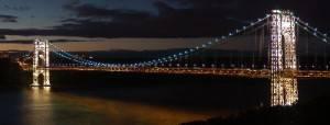 El puente George Washington por la noche