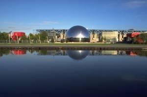 Visite el Parque de la Villette en París