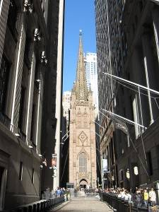 Foto de la Iglesia Trinity en el distrito financiero de Nueva York