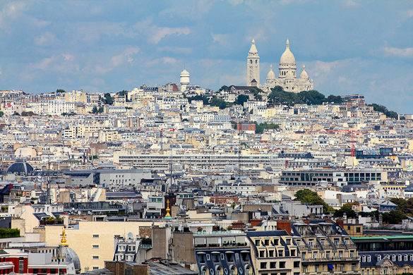Fotografía de los tejados parisinos, Montmartre y el Sacré-Cœur