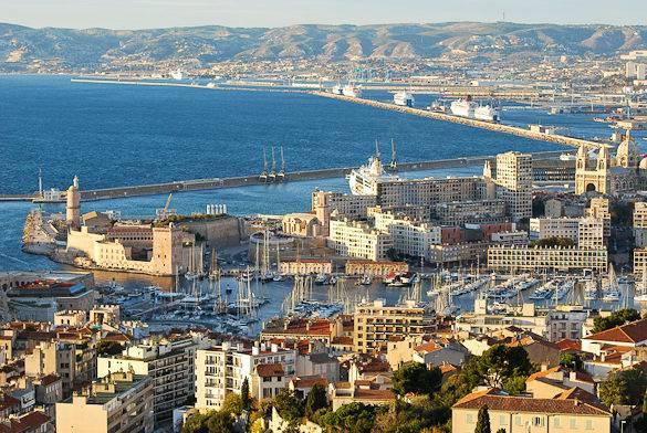 Foto del Puerto Viejo, los muelles nuevos y el Mar Mediterráneo, Marsella
