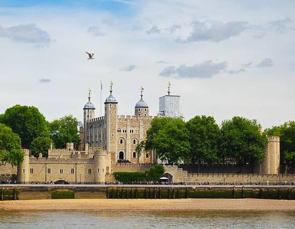 Imagen del Támesis y de la Torre de Londres