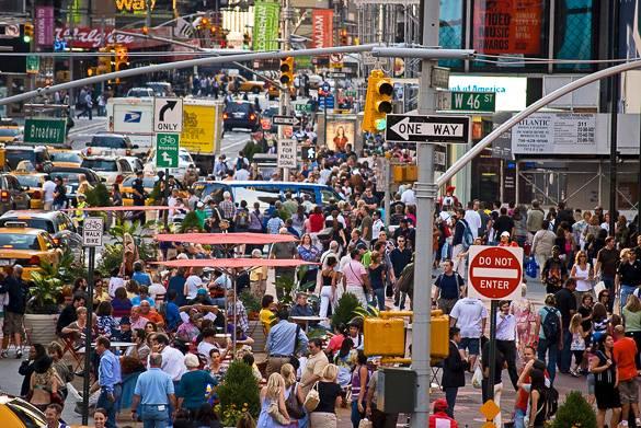 Fotografía de la conocida calle comercial Broadway en Manhattan