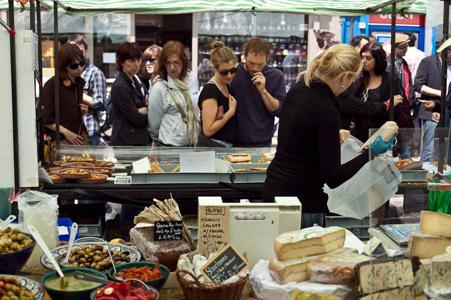 Foto del famoso Broadway Market de Hackney en Londres: Peter Jozwiak