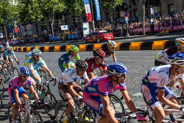 Foto de los ciclistas en el Tour de Francia.