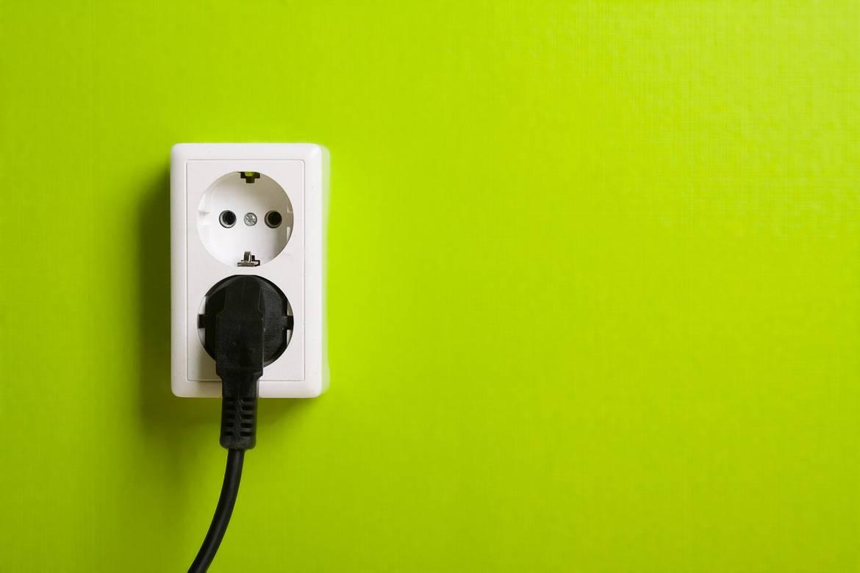 Foto de un enchufe de 220 voltios.