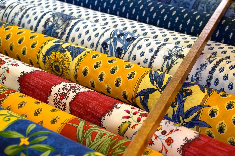 Fotografía de los textiles y telas provenzales de Provenza, Francia