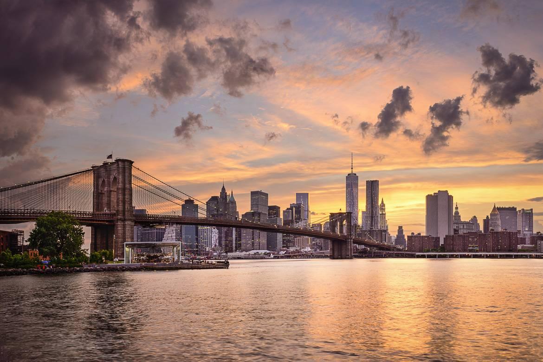 atardecer del Brooklyn Bridge de Manhattan