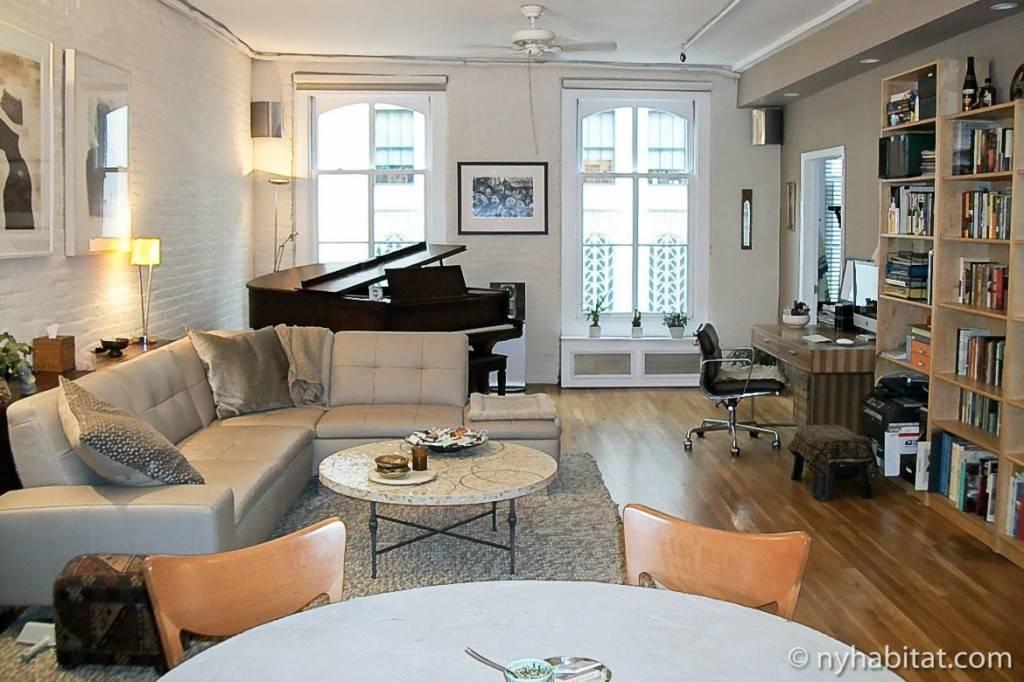 Imagen del salón de un apartamento de vacaciones de Manhattan