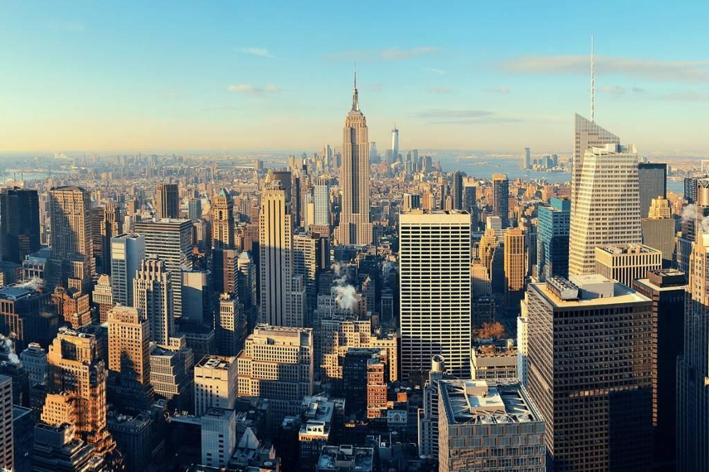 Imagen panorámica de Manhattan desde una azotea por el día.