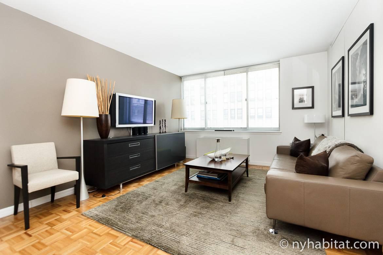 Imagen de la sala de estar del piso compartido NY-15825 en Chelsea