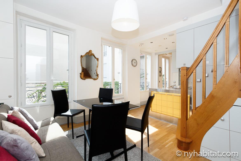 Imagen de la sala de estar del apartamento de vacaciones de París PA-4335