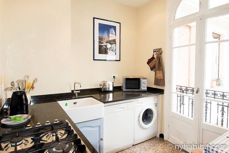 Imagen de la cocina en PR-1246.